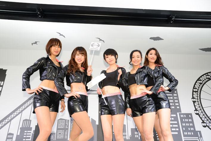 東京オートサロン2017 日野ブース