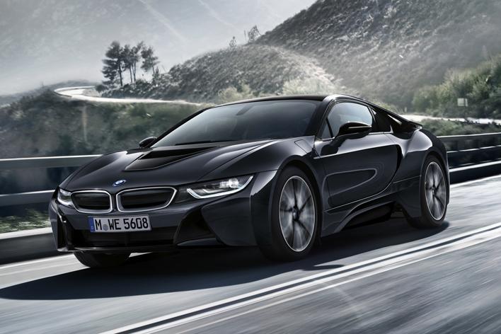 BMW i8 プロトニック・ダーク・シルバー