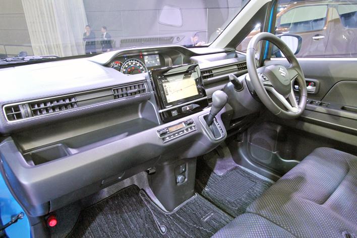 スズキ 新型ワゴンR HYBRID FZ