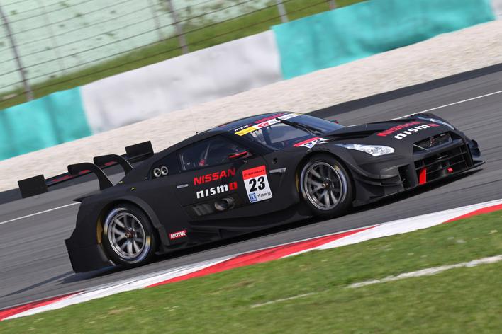 #23 MOTUL AUTECH GT-R(エントラント名:NISMO、会社名:ニッサン・モータースポーツ・インターナショナル株式会社)