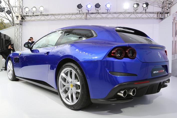 フェラーリ GTC4ルッソ T
