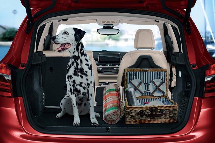 BMW 218dアクティブ ツアラーセレクション