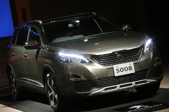 プジョー 新型5008(日本初披露)