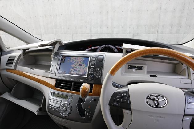 トヨタ エスティマ グレード比較 オプション選択