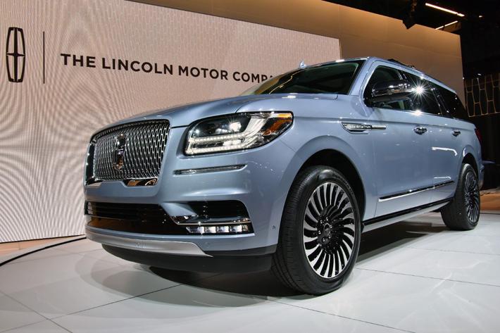 リンカーン 新型ナビゲーター(2018年モデル)
