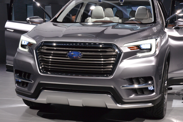 """スバル、ランクルサイズの新型SUV""""アセント""""は新開発の2.4リッターターボ搭載か【NYショー2017】"""