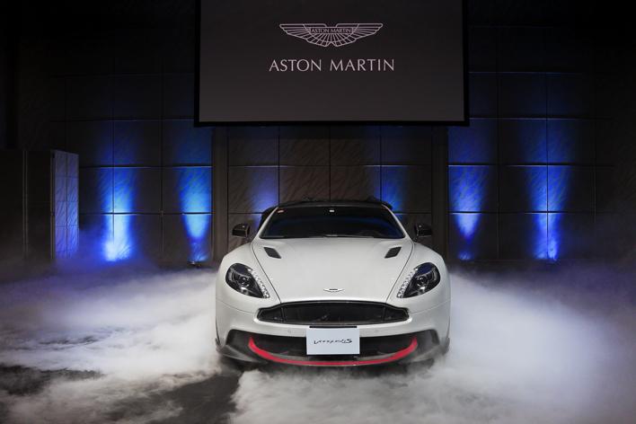 アストンマーティン、588馬力を発生する6.0リッターV12エンジン搭載の「新型ヴァンキッシュ S」が登場!