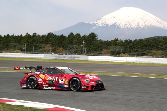 いま最も人気のモータースポーツ「スーパーGT」ってどんなレース?