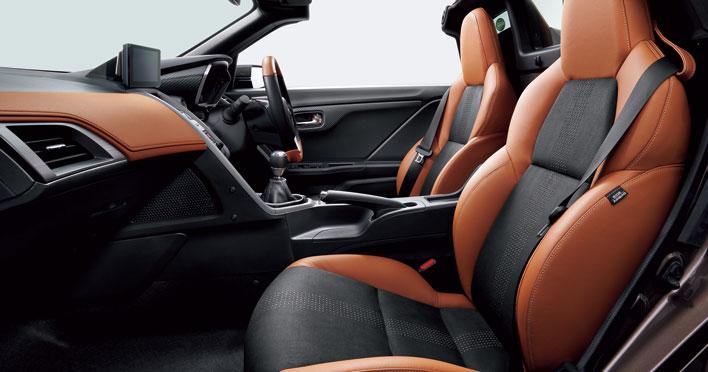 S660 α特別仕様車 Bruno Leather Edition