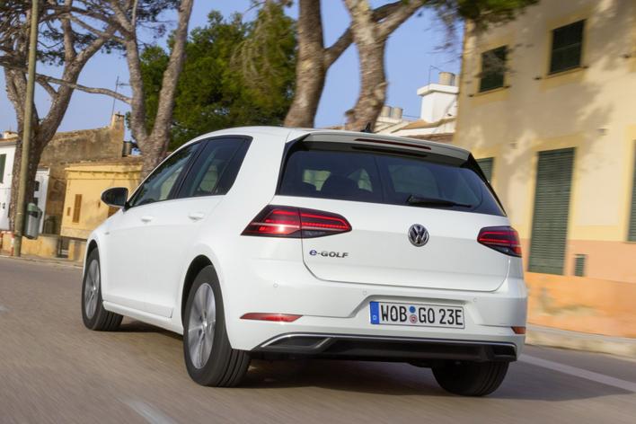 Volkswagen New e-Golf/Golf GTE(フォルクスワーゲン 新型 eゴルフ/ゴルフGTE) 海外試乗レポート/山田弘樹