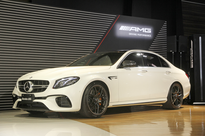 新型 メルセデス-AMG E63 S 4(ボディカラー:ダイヤモンドホワイト)