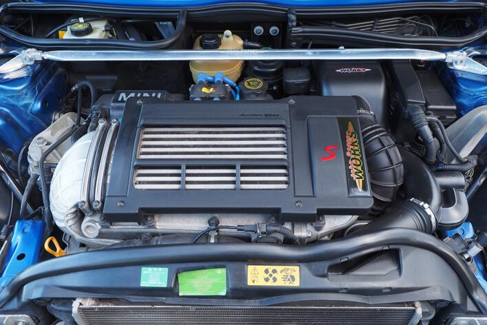 ミニクーパーS(R53)のエンジン