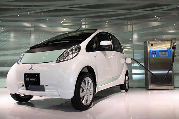 三菱の電気自動車 i-Miev(アイ・ミーブ)3