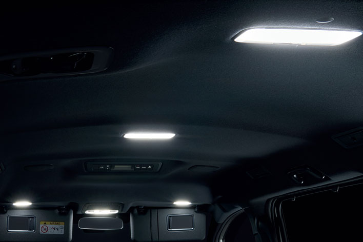 トヨタ新型ノア モデリスタカスタムパーツ