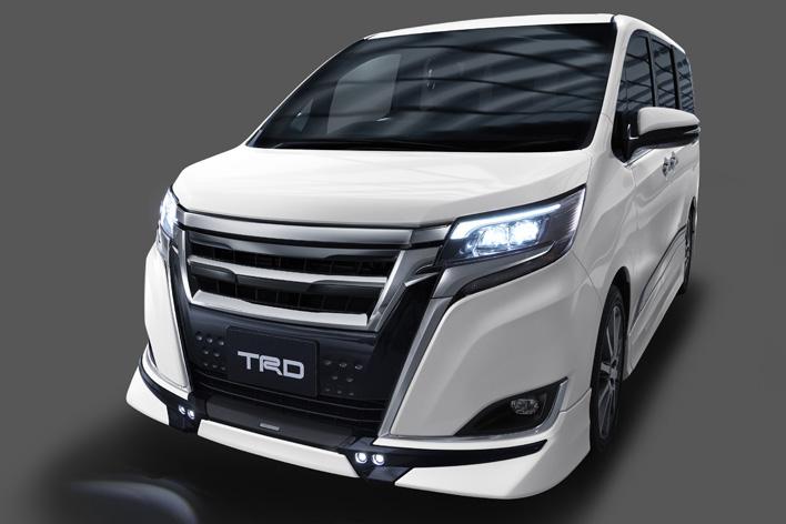 トヨタ新型エスクァイア(TRD)