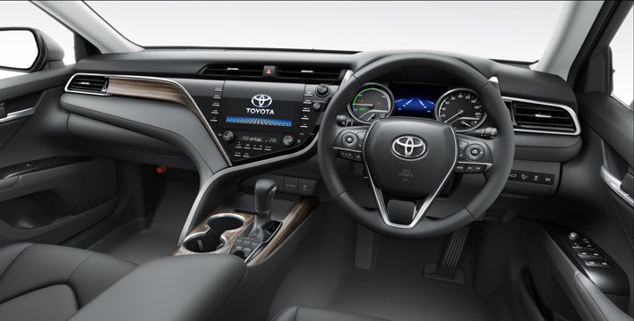 トヨタ新型カムリ(2017年7月マイナーチェンジモデル)