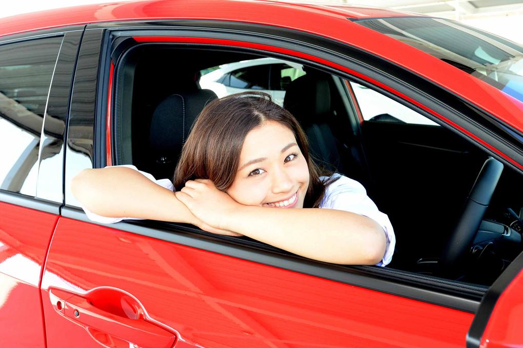 ホンダ シビック/安枝瞳の新型車診察しちゃうぞ!