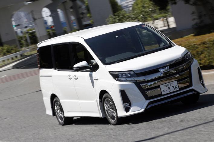 トヨタ 新型ノア(2017年7月マイナーチェンジ)