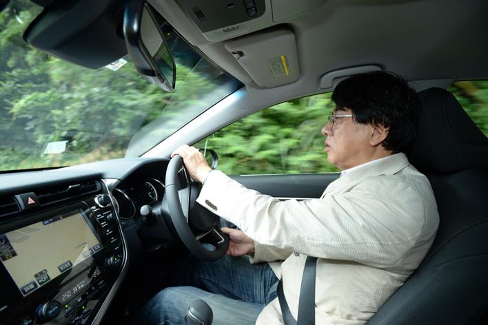 自動車ライターの渡辺陽一郎氏