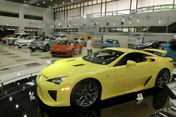 近いけど名古屋の企業じゃないです!売上高27兆6000億円のトヨタを意外と知らない日本人