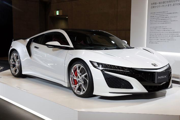 オートモビルカウンシル 2017 ホンダ現行型NSX