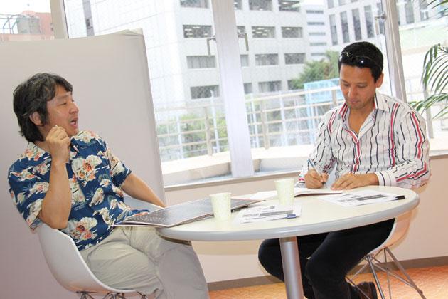 (左)金子浩久氏/(右)小沢コージ氏