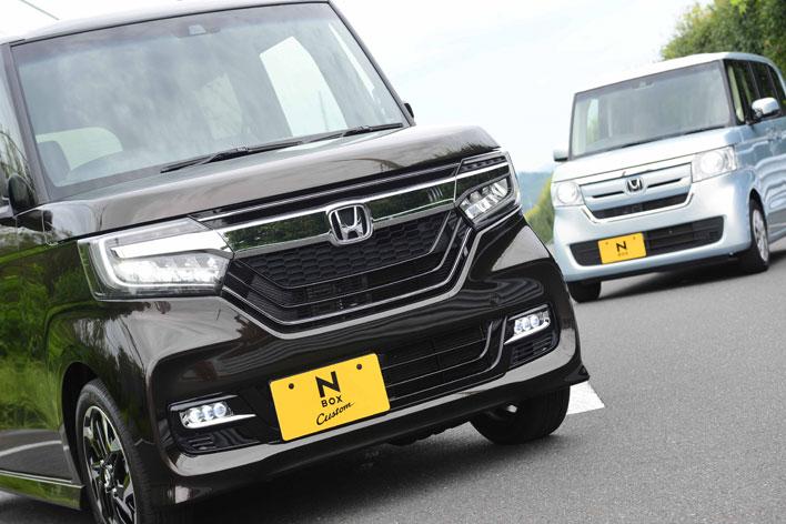 (左)ホンダ 新型N-BOX Custom G・EXターボ/(右)ホンダ 新型N-BOX G・EX