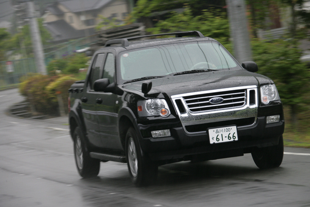 フォード エクスプローラースポーツトラック 試乗レポート