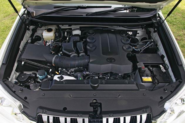 トヨタ ランドクルーザープラド グレード比較