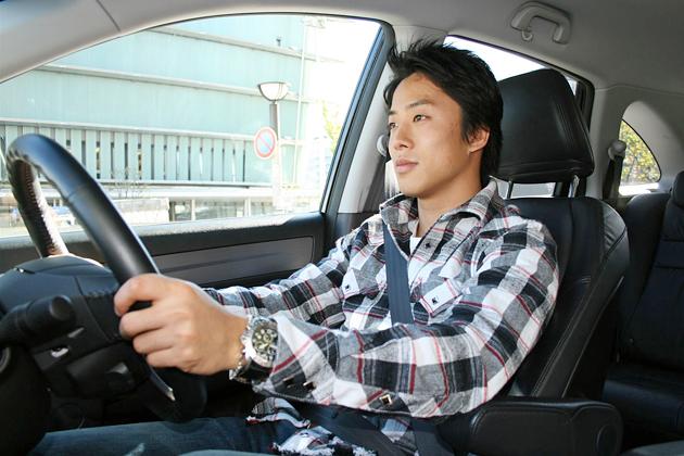 伊沢拓也選手とホンダ CR-V