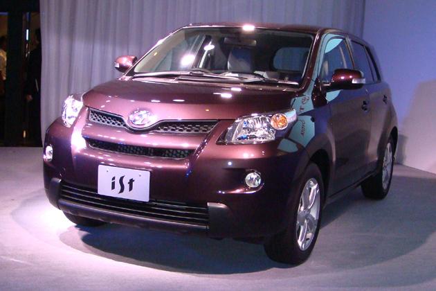 トヨタ ist 新車発表会速報