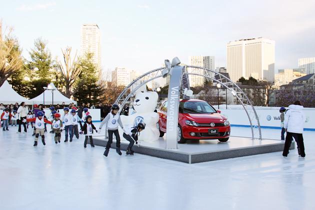 都内最大級の屋外アイススケートリンクが誕生!!