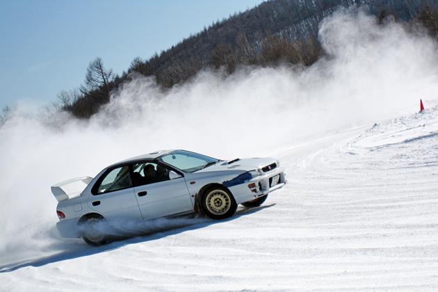 アライモータースポーツ 氷上走行会2010レポート