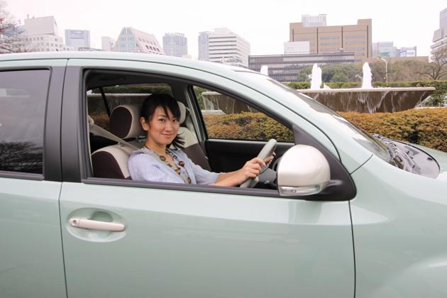 トヨタ パッソ/ダイハツ ブーン 試乗レポート|藤島知子