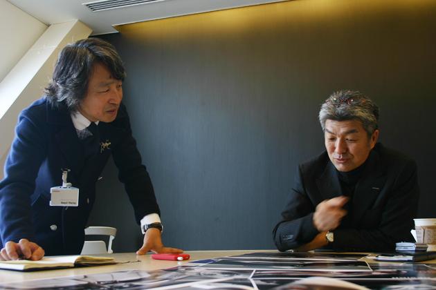 (左)金子浩久氏/(右) 青木護氏