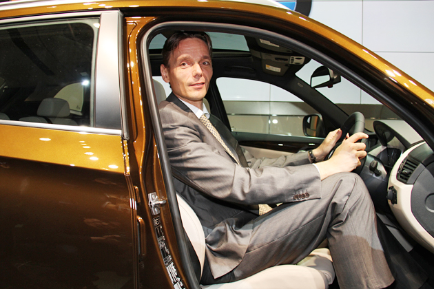 BMW X1とローランド・クルーガー社長