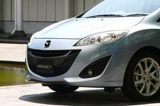 マツダ 新型プレマシー フロントフォグランプ装着車