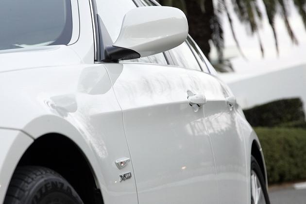 BMW3シリーズの電動サイドミラー