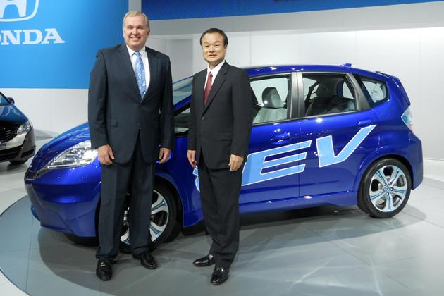 電気自動車(EV)発表が相次ぐ「ロサンゼルスモーターショー2010」現地速報!