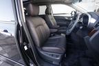 新型エルグランドの運転席シート(画像は3.5Lモデル)