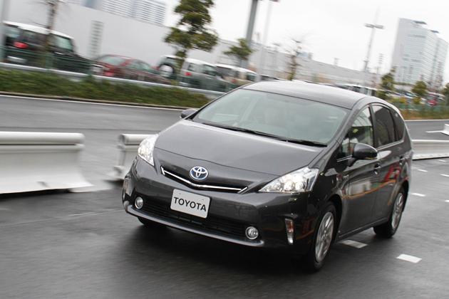 トヨタ プリウスワゴン 試乗レポート/小沢コージ