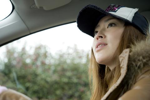 クーガは意外と女性でも扱いやすいサイズ。取り回しの良さが気に入った様子だ。