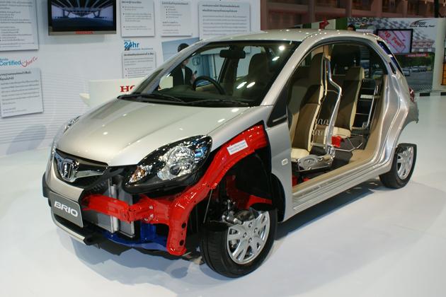 ホンダのアジア向け新型コンパクトカー「ブリオ」を徹底チェック!