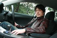 嵯峨宏紀選手と愛車のレクサス IS