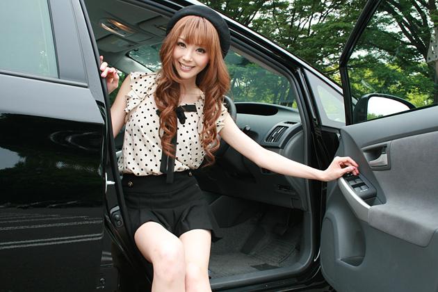 山崎みどりさん/今井優杏の自動車美人