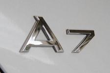 アウディ A7スポーツバック