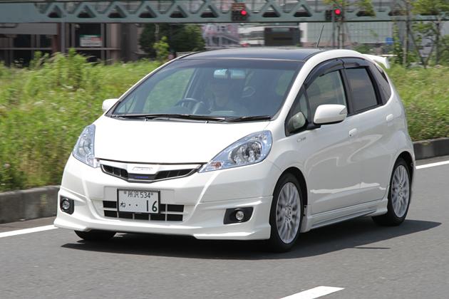 無限フィットハイブリッド 試乗レポート/岡本幸一郎