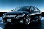 トヨタ、全車ハイブリッドを搭載した「新型カムリ」発売