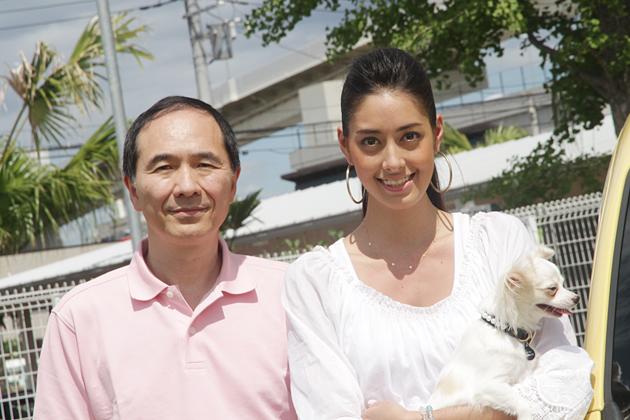 (左)ルノージャポン 大極司COO/(右)モデル・タレントの森泉さん