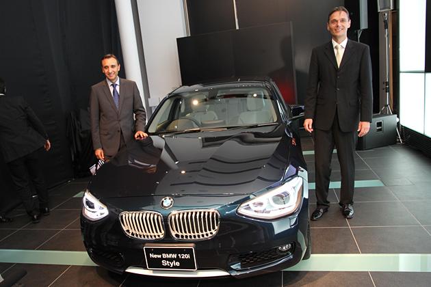 (左)BMW AG 走行機能/評価担当部長のアルバレド ベルナルド ロペス氏/(右)ビー・エム・ダブリュー(株)代表取締役社長のローランド・クルーガー氏